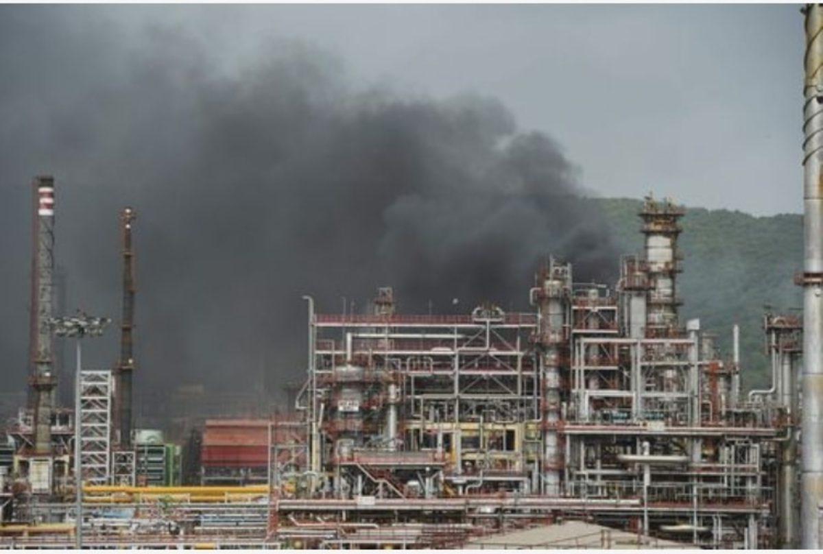 germania esplosione raffineria