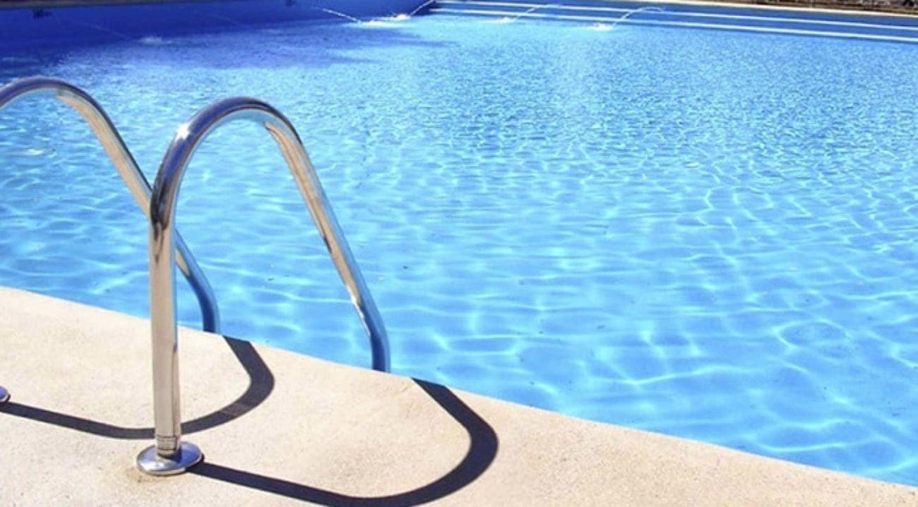 bambino annegato piscina