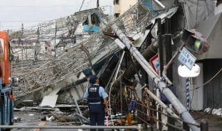 tifone giappone morti