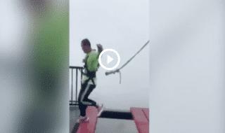 Cina ponte sospeso senza corda sicurezza