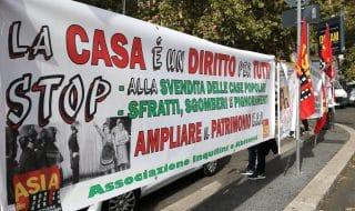 protesta diritto alla casa