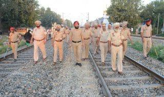 India treno folla