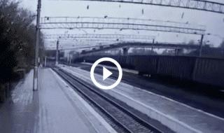 Russia ponte crollato ferrovia video