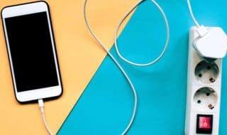 come ricaricare smartphone velocemente