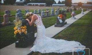 fidanzato muore sposa piange tomba