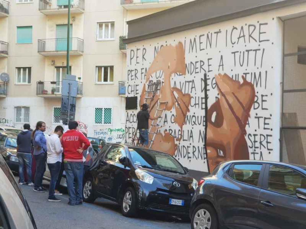 Napoli, Jorit aggredito da consigliere: stava dipingendo il volto di Ilaria Cucchi
