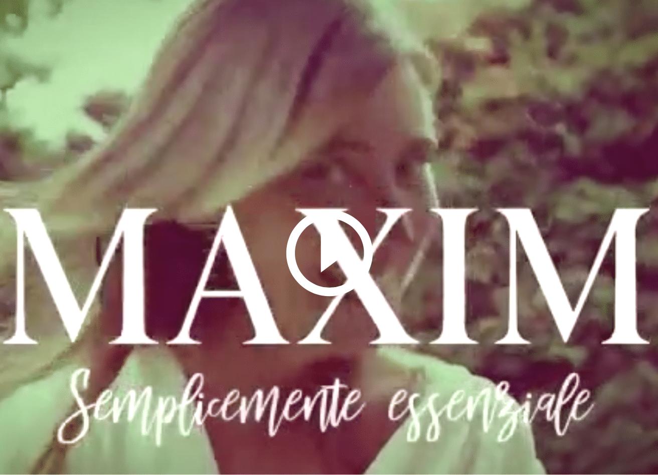 Maria Elena Boschi, servizio fotografico su Maxim: