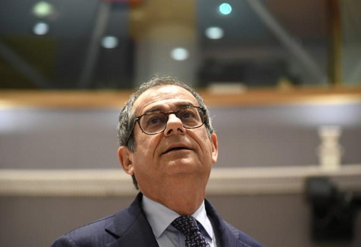 Ue, Commissione boccia la manovra: verso la procedura d'infrazione