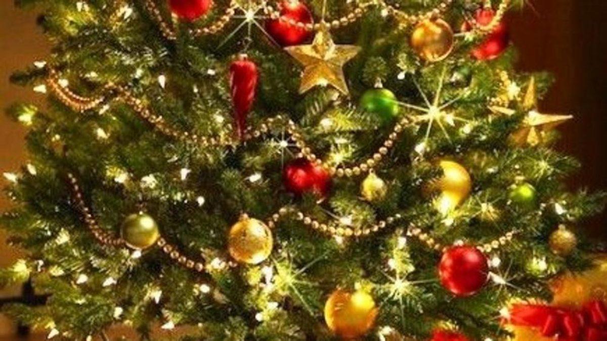Albero Di Natale Con Decorazioni Blu : Albero di natale 2018 addobbi come addobbarlo fai da te colori