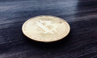 bitcoin compie dieci anni