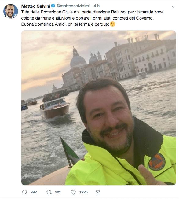 rete contro foto salvini venezia