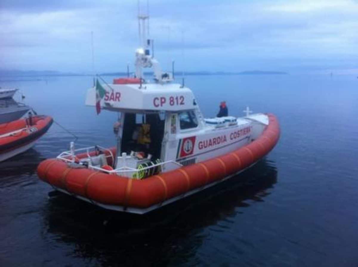 sardegna naufragio migranti