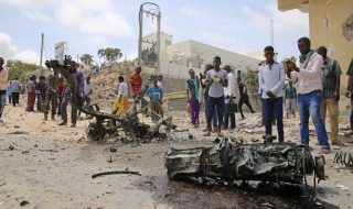 somalia mogadiscio autobomba