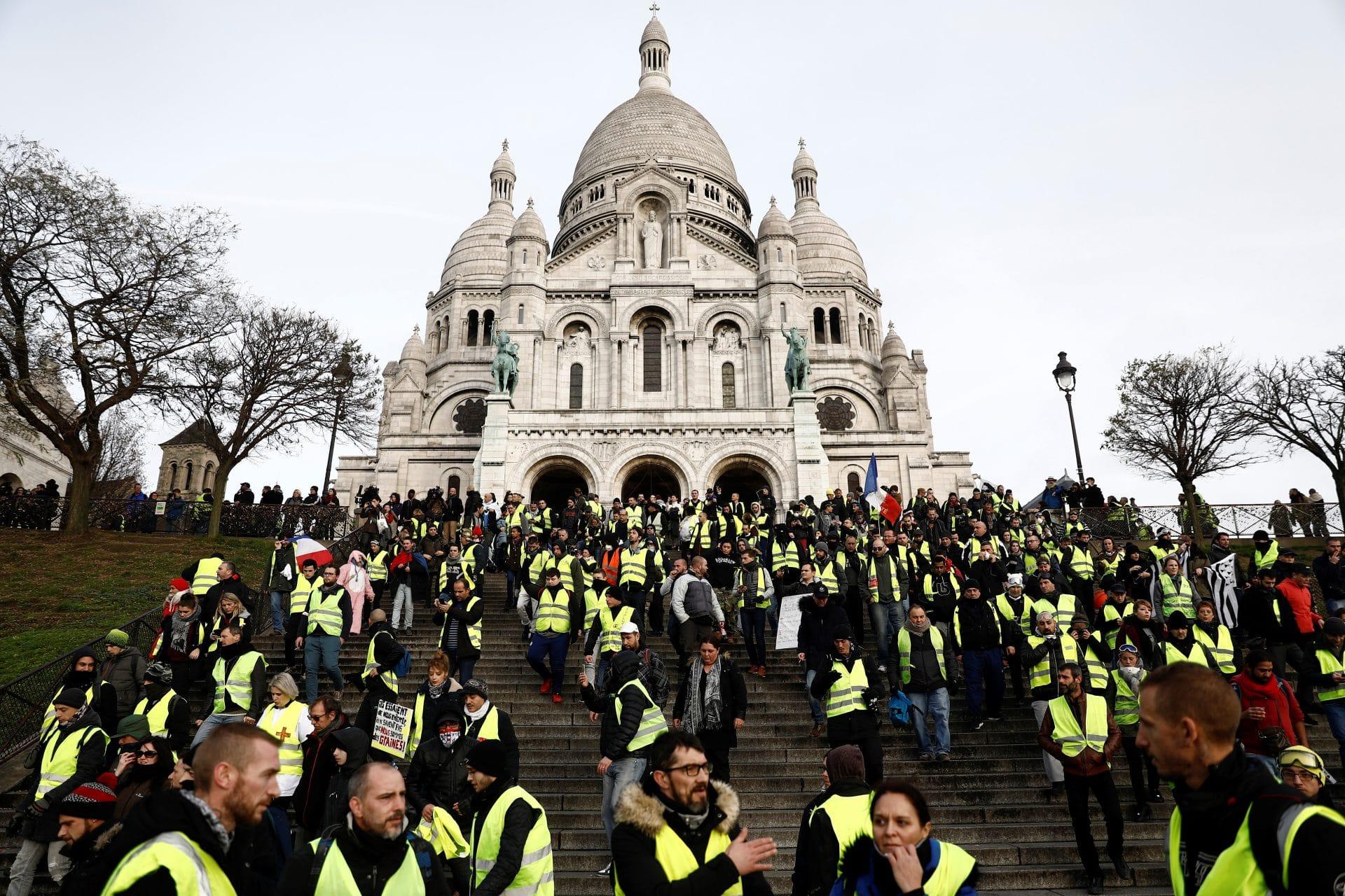 gilet gialli parigi oggi