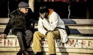 foto migrante anziano