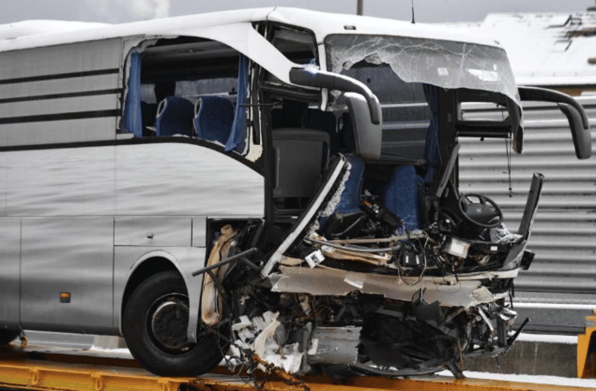 Incidente stradale a Zurigo pullman Flixbus, morti e feriti