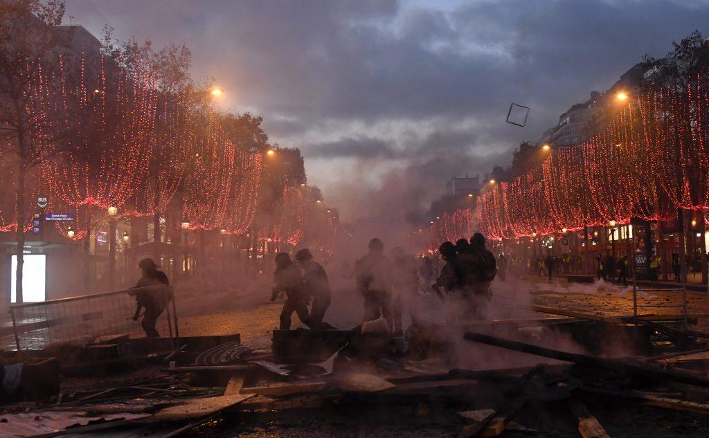 protesta gilet gialli francia