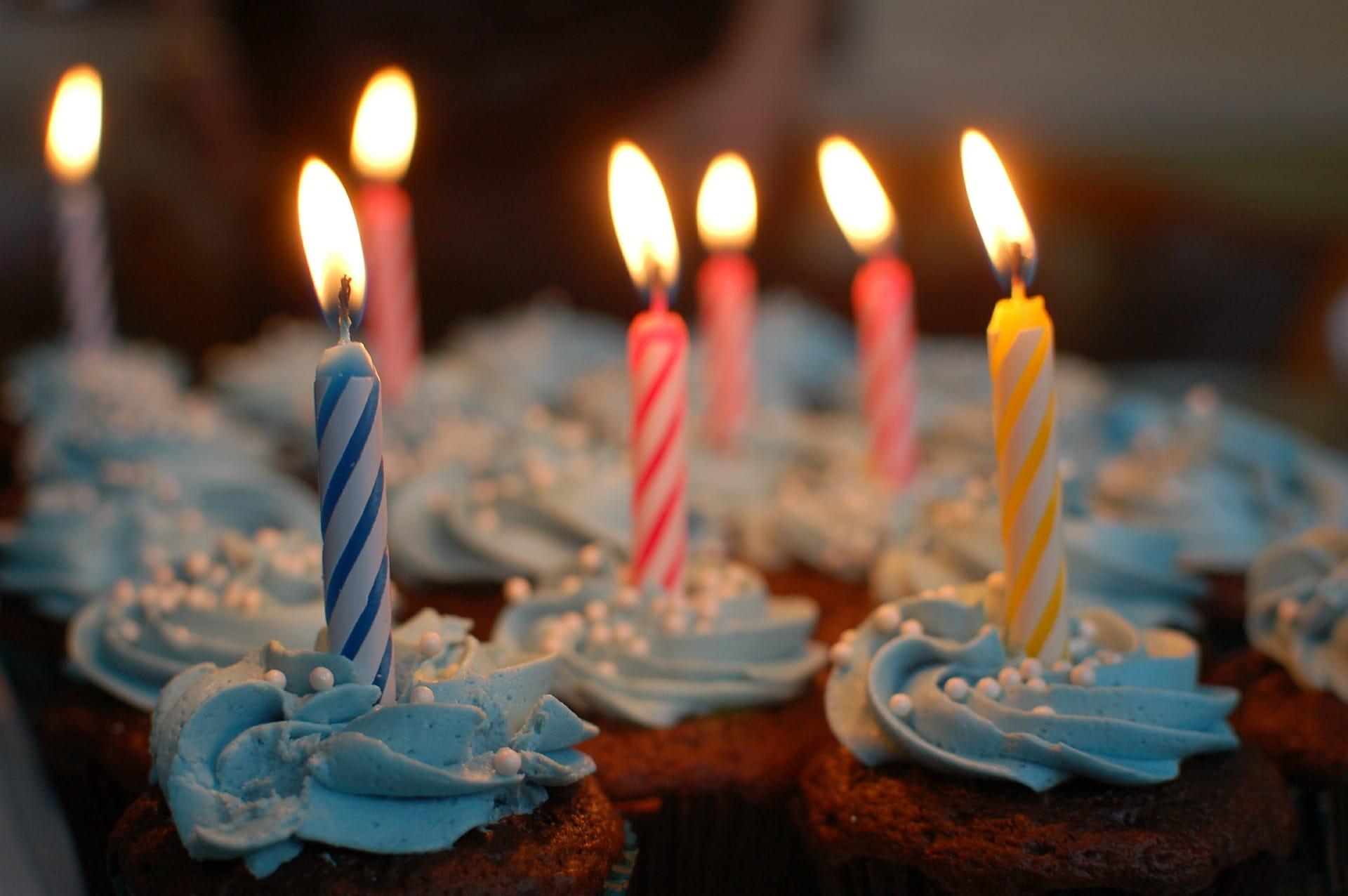 Auguri Di Compleanno Frasi Belle Originali Divertenti Lui E Lei