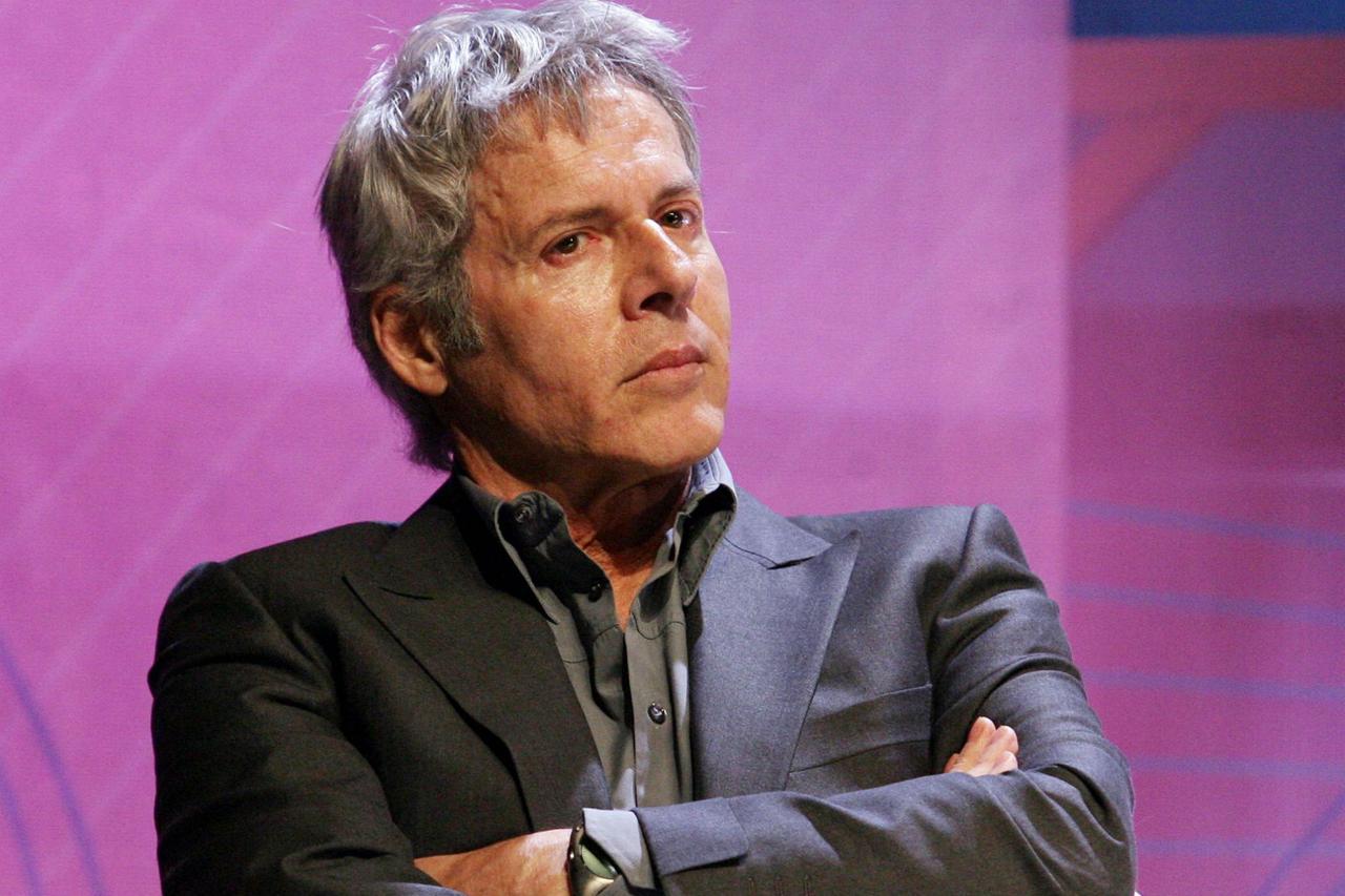 De Santis boccia il Baglioni pro-migranti: è il suo ultimo Sanremo