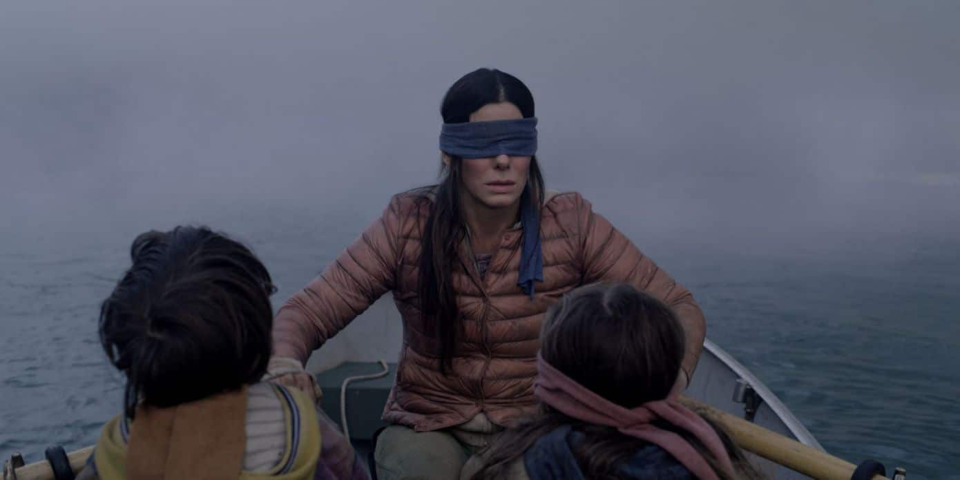 Bendati e in pericolo, Netflix dice 'no' alla Bird Box Challenge