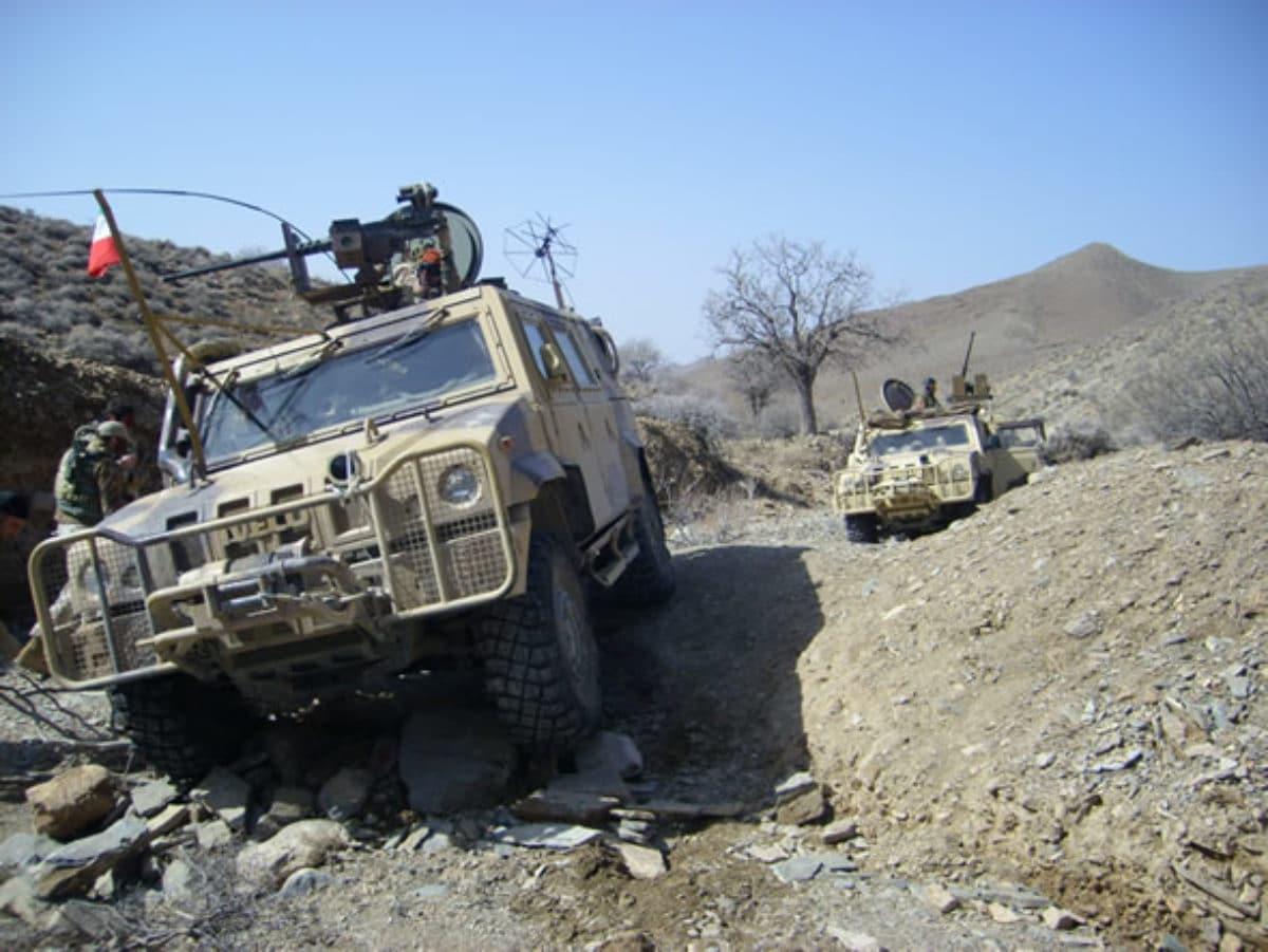 Afghanistan, razzo contro il blindato italiano Lince