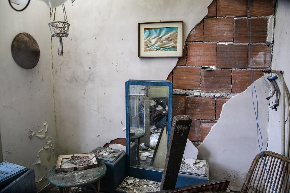 terremoto catania case distrutte