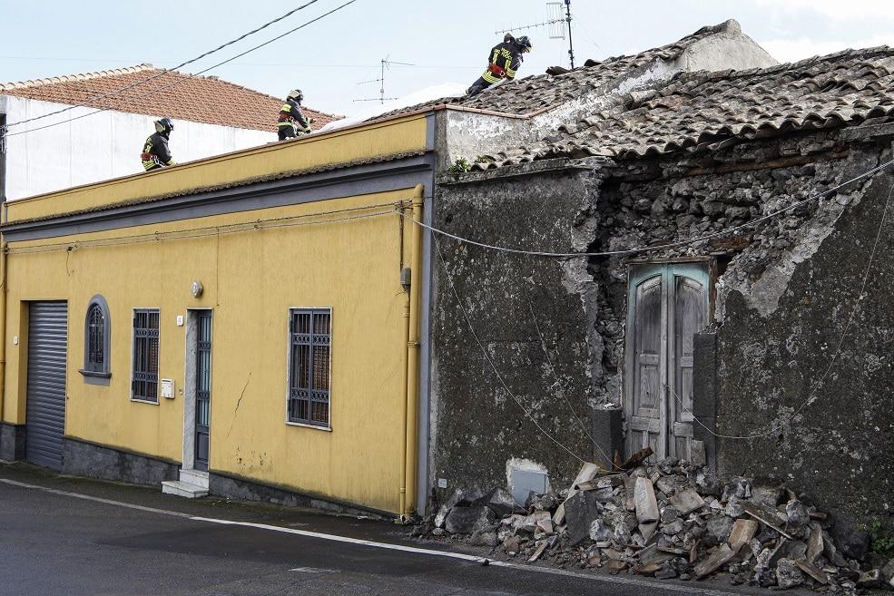 terremoto catania case distrutte10