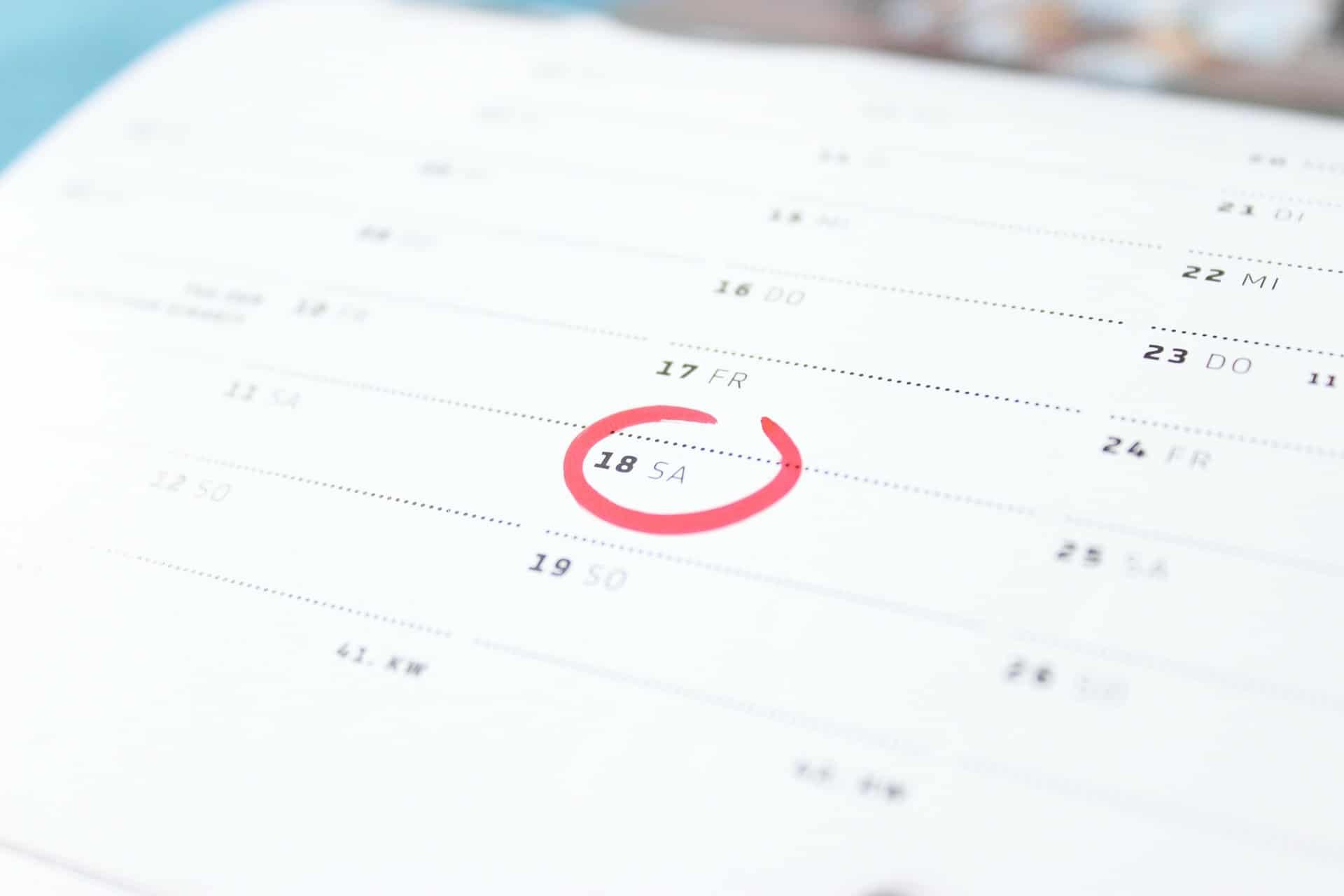 Calendario Anno 1992.Festivita 2019 Calendario Ponti Vacanze Pasqua