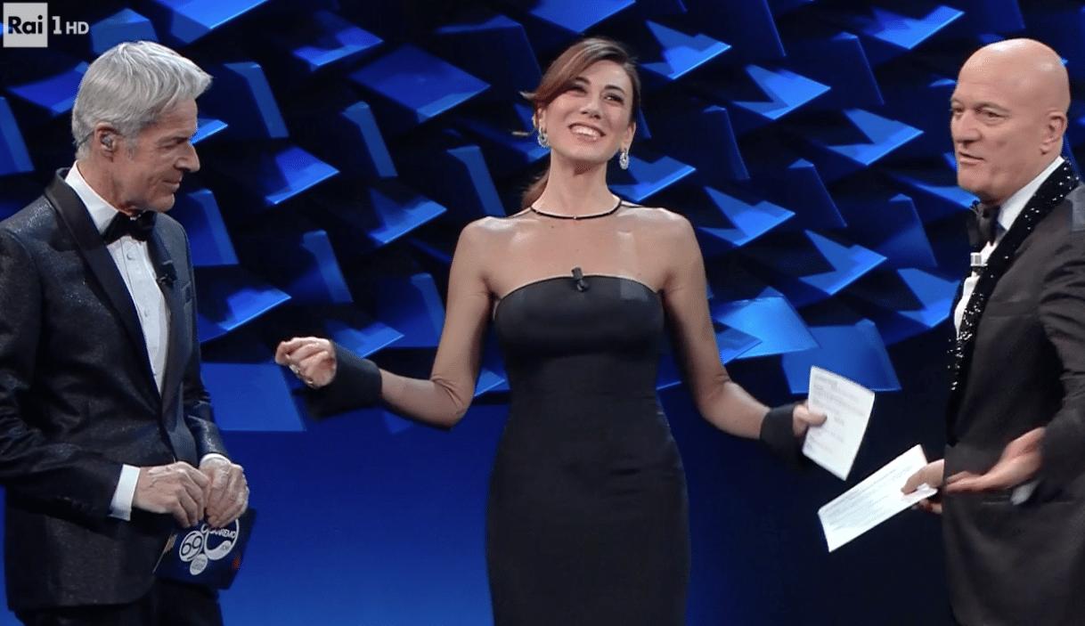 Virginia Raffaele abito Sanremo 2019  e89e31a5d414