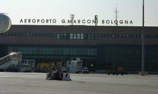 aeroporto bologna chiuso