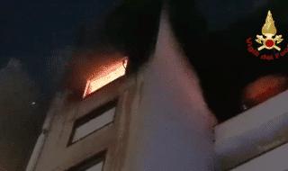 incendio catania vigili fuoco derubati