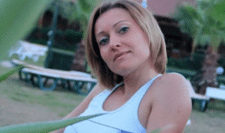 rapisce uccide amante russia