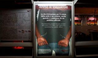 roma ispezioni razziste sui bus cartelli