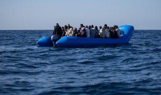 gommone migranti mistero