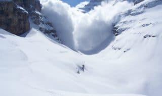 valanga alpi svizzere