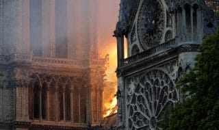 Notre Dame incendio cause