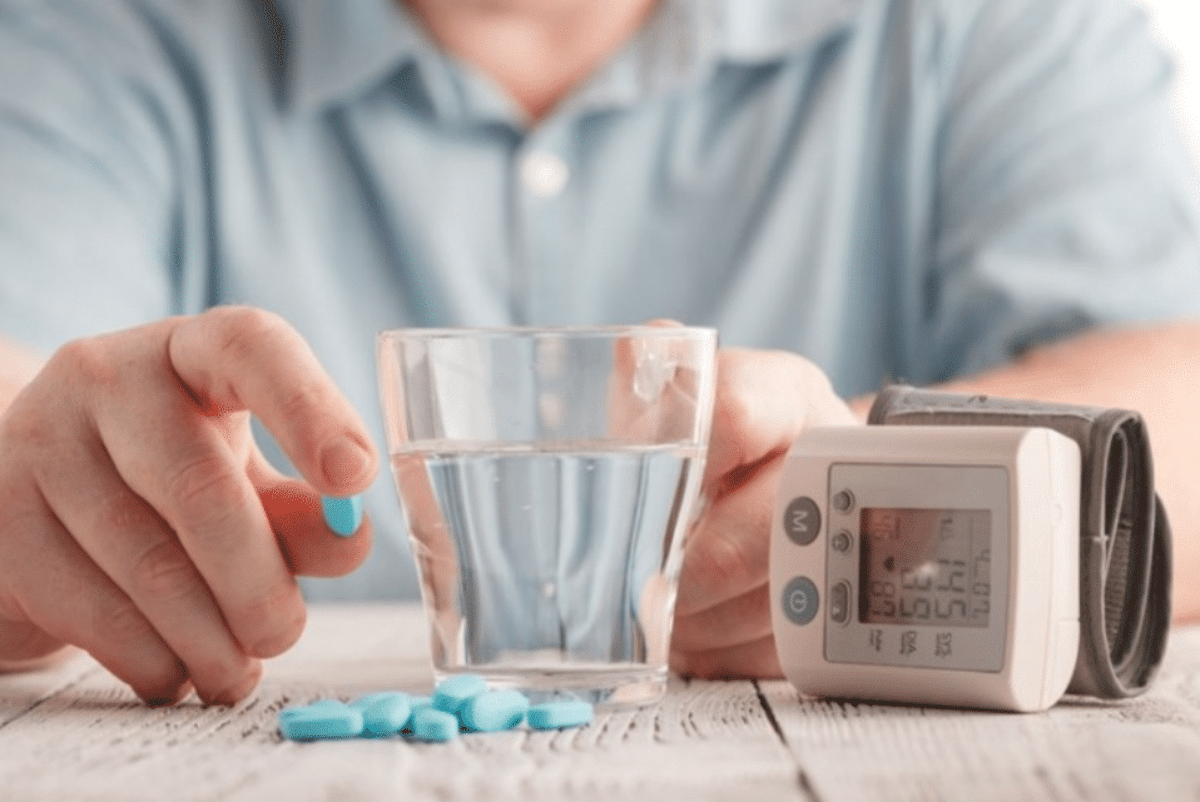 Farmaci pressione alta ritirati: rischio cancerogeno per Losartan