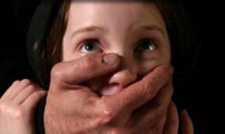 bambina stuprata nonno