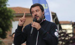 Striscioni contro Salvini