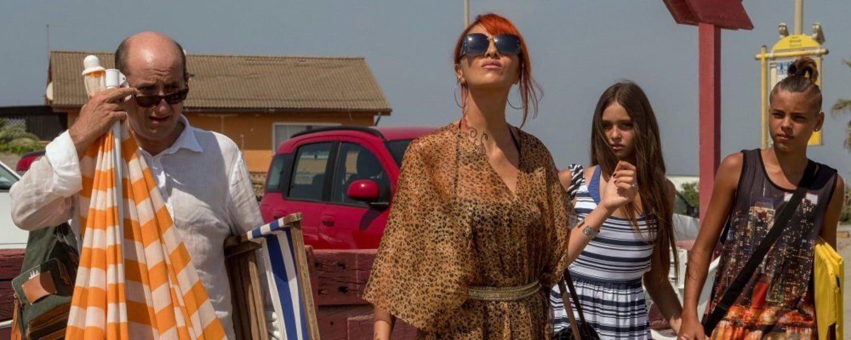 Come un gatto in tangenziale film | Trama | Cast | Trailer | Canale 5