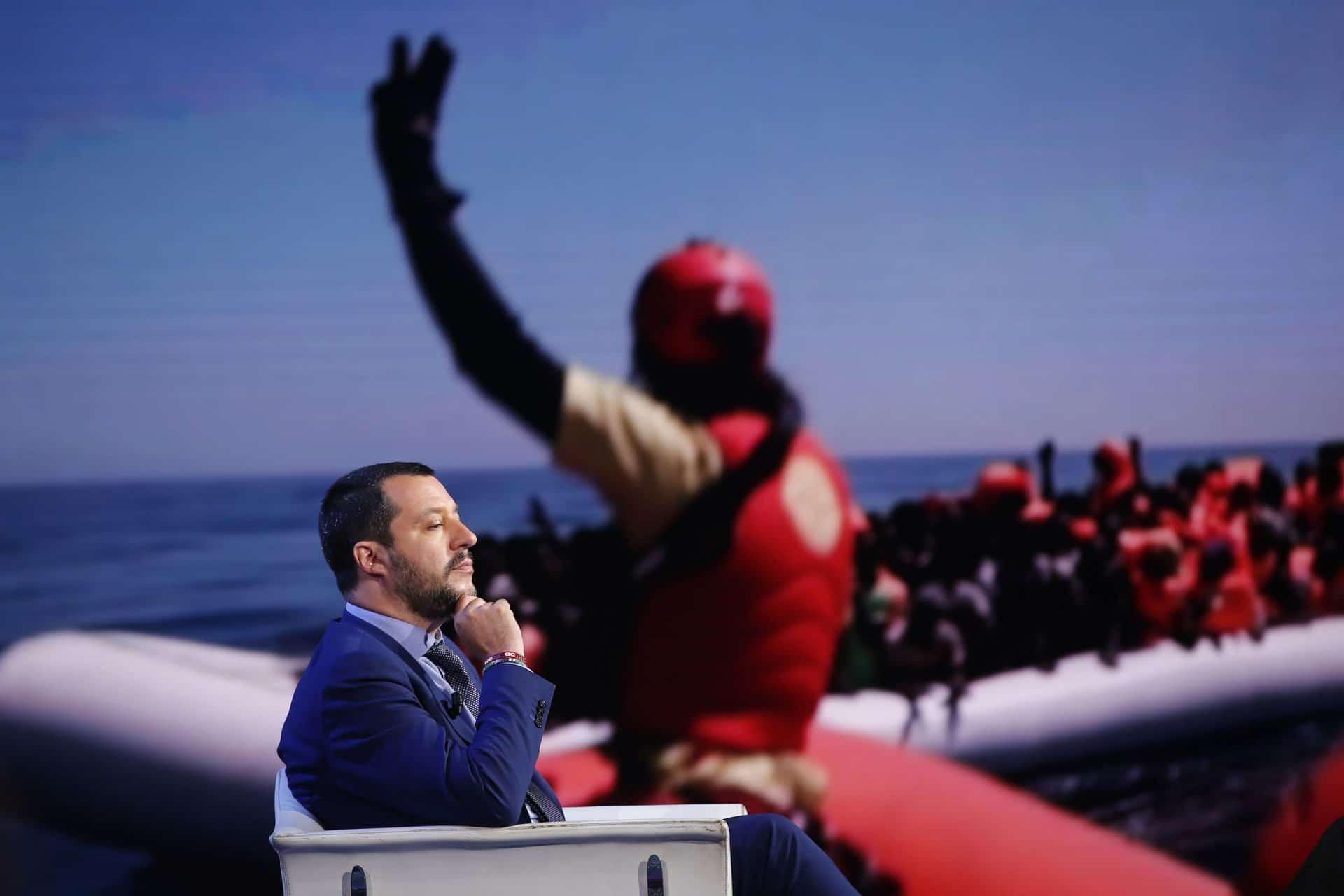 Salvini annuncia l'arrivo di un