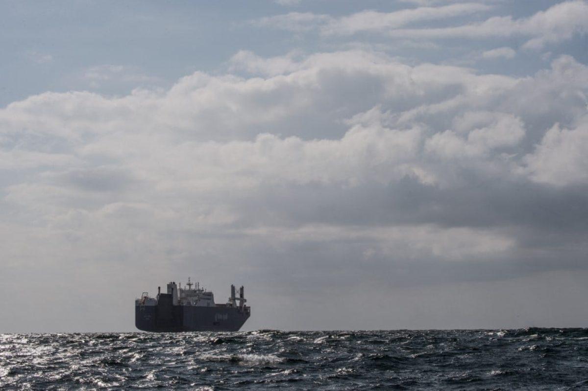 Porti aperti alle navi che trasportano bombe: la mobilitazione non si ferma