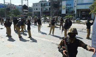 pakistan attentato santuario