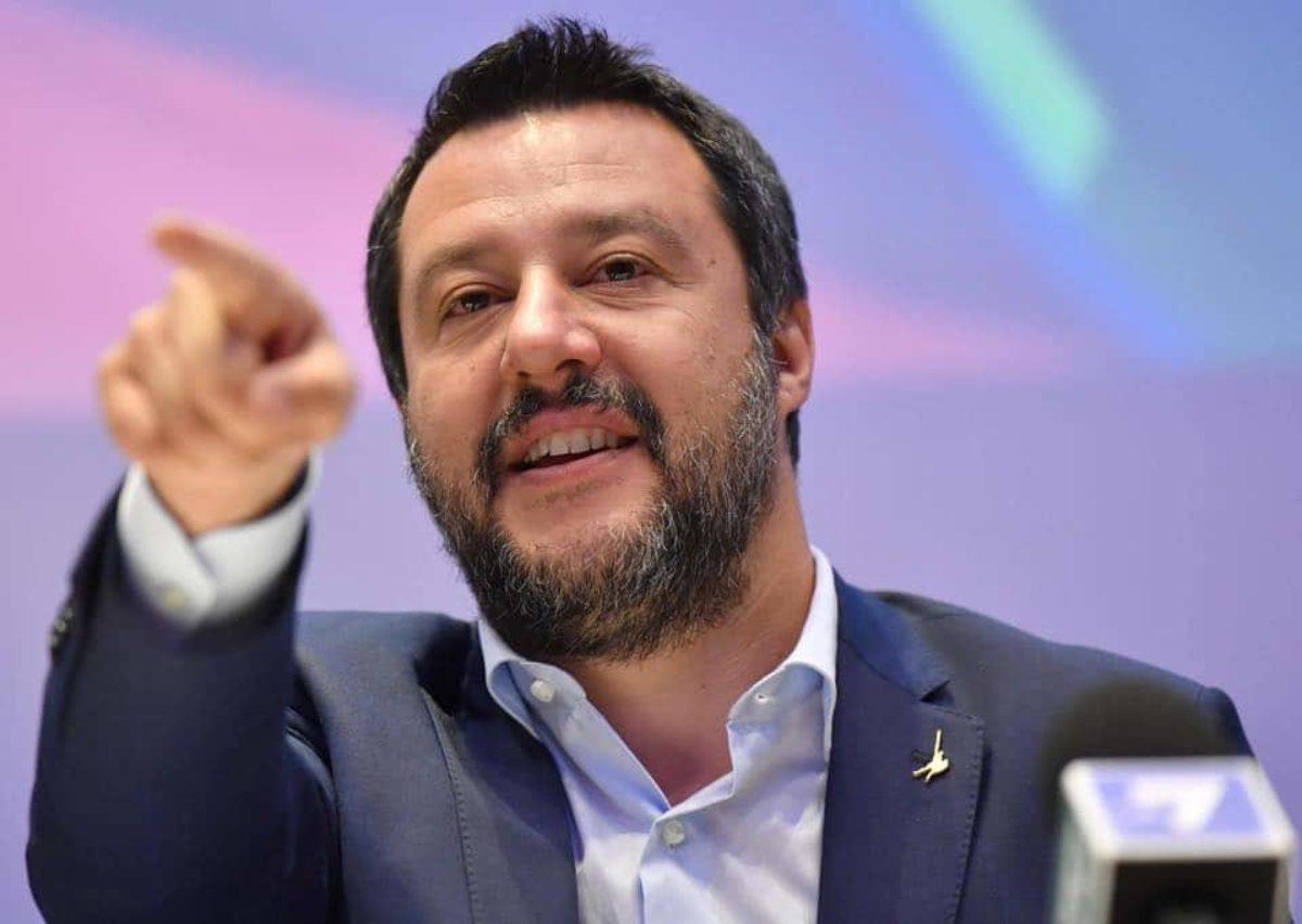 Viareggio: delegazione della Lega a Milano per sostenere il leader Matteo Salvini