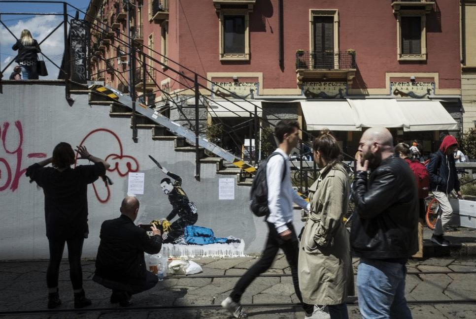 Salvini Di Maio murale milano