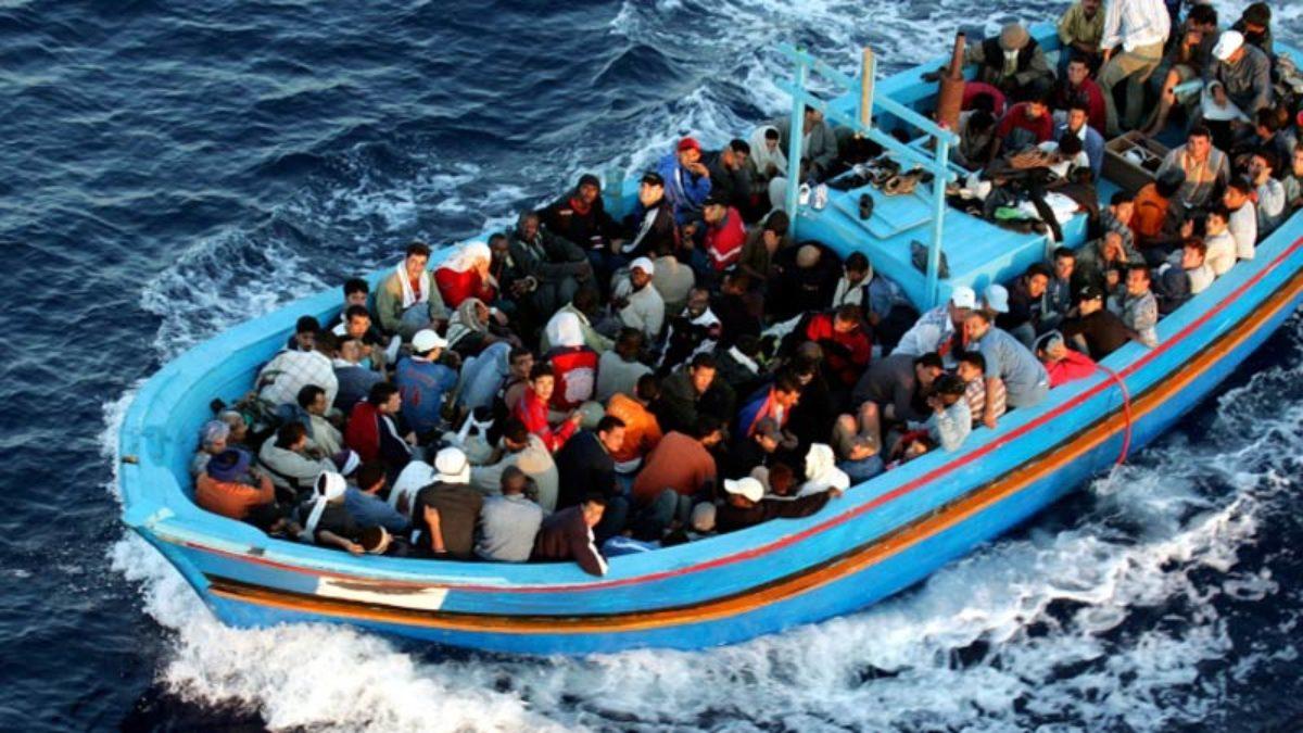Migranti, naufragio al largo della Tunisia:
