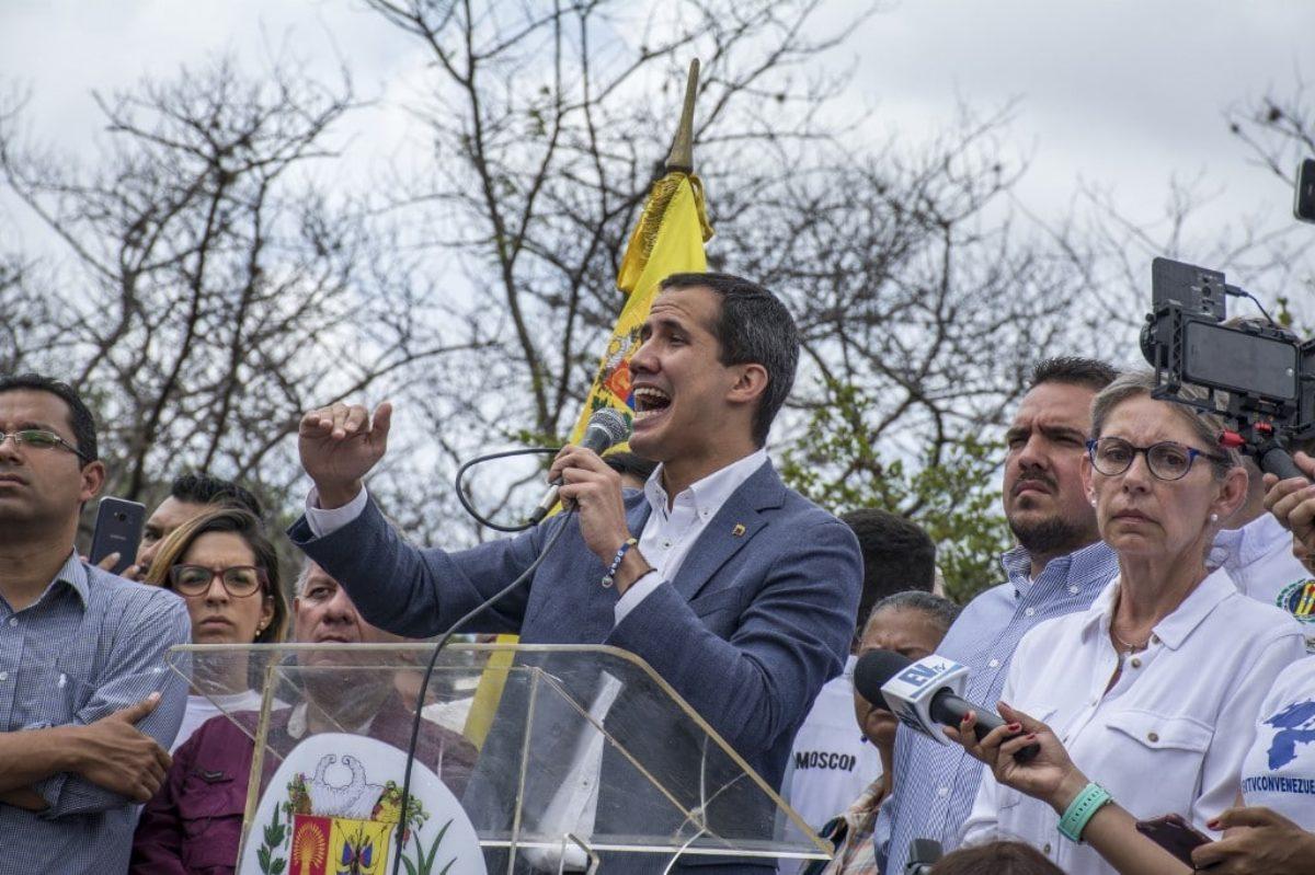 Venezuela: ambasciatore di Guaidò negli Usa chiede intervento militare americano