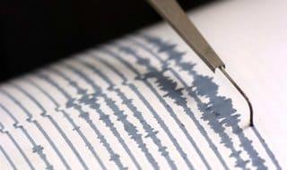 Terremoto oggi Lucca