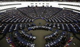 Gruppi parlamento Ue partiti italiani