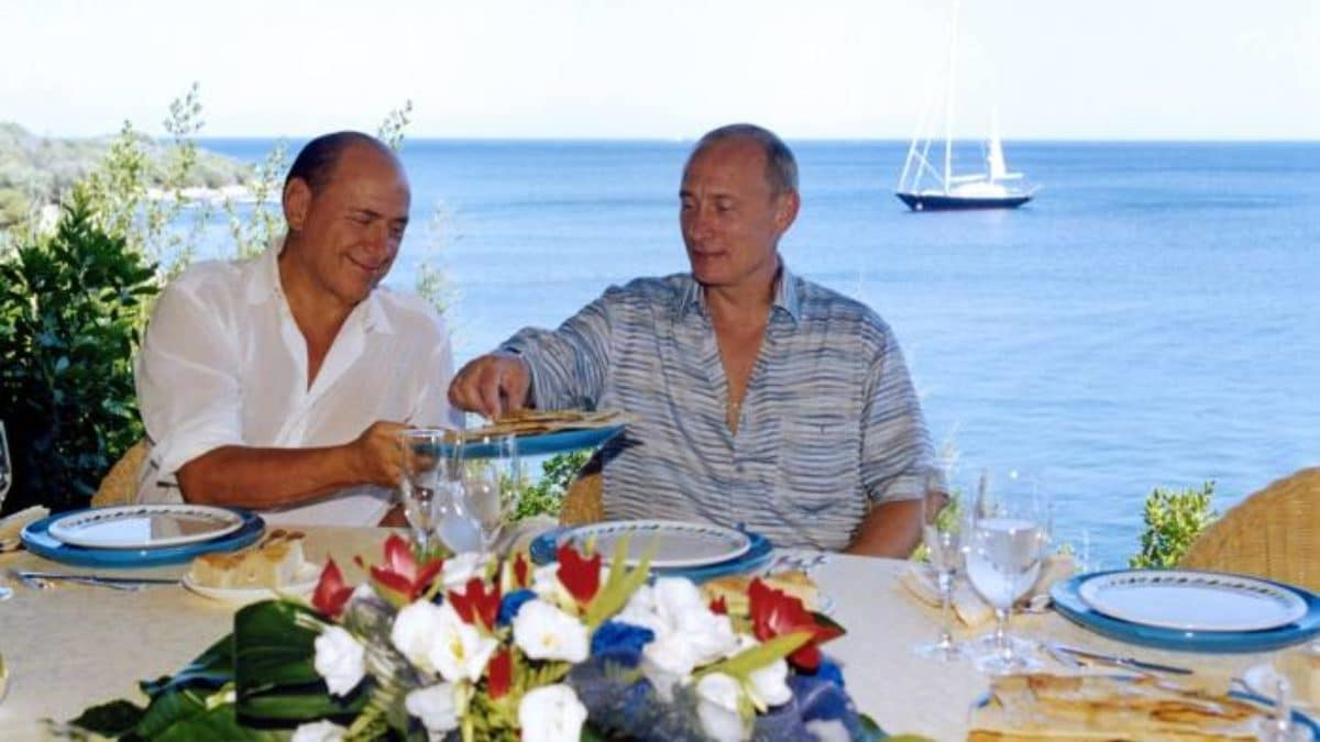 Putin Berlusconi cena